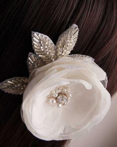 Wedding hair flower -  Wedding accessory -  Bridal hair accessories -  For the bride
