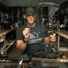 Levi Morgan's 10 archery tips for your summer bow practice to make you a more consistent archer! Archery Lessons, Archery Tips, Archery Arrows, Archery Targets, Deer Hunting Humor, Bow Hunting Tips, Turkey Hunting, Crossbow Hunting, Archery Hunting
