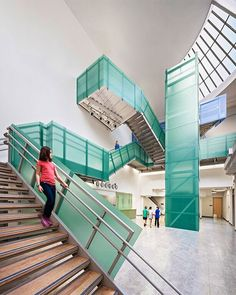 Varia Ecoresin in Emerald creates a colorful balustrade at this K-8 school. #3form