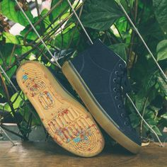 eco whoop sneaker #sustainable #ecofriendly #eco #upcycling