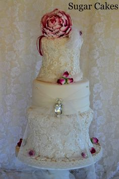"""""""Vintage Lacey Love"""" Cake by Sugar Cakes"""
