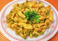 Zöldborsós csirkemell zabpehely galuskával🥙 recept foto Weekday Meals, Kefir, Meal Prep, Shrimp, Paleo, Food And Drink, Cooking, Diet, Kitchen