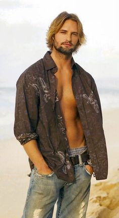 Sawyer - my complete favorite character in Lost!