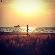 Απογευματινή βόλτα στη Νέα Παραλία Θεσσαλονίκης Thessaloniki, Celestial, Sunset, Places, Photos, Outdoor, Outdoors, Pictures, Sunsets