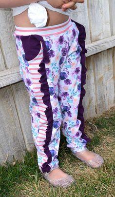 Kids Patterns, Pdf Sewing Patterns, Sewing Ideas, Ruffle Pants, Kids Shorts, Pants Pattern, Sewing For Kids, Pattern Paper, Workout Pants