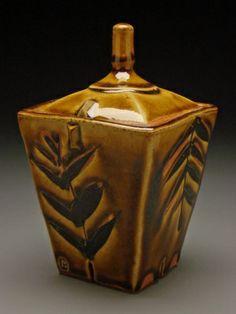 Ceramic Arts Daily – Functional Ceramics + Beyond