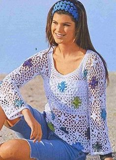White Long Sleeve Top with Floral Motif free crochet graph pattern