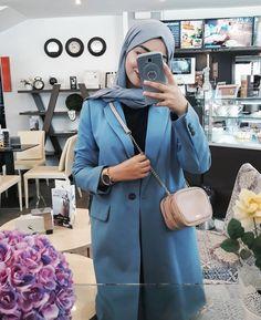 Hijab Casual, Ootd Hijab, Hijab Chic, Hijab Outfit, Abaya Fashion, Muslim Fashion, Fashion Wear, Fashion Outfits, Modele Hijab