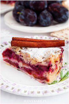 Śliwkowiec sypany - I Love Bake Sweet Recipes, Nom Nom, Raspberry, Sandwiches, Lemon, Cooking Recipes, Sweets, Apple Cakes, Bakeries