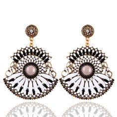 2,43€ - Bohemian Drop Earrings Resin Beaded Lady Heart Vintage Earrings For Women Ladies broncos Pendents - Crystal shop