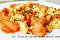 Clean Eating Dinner Recipe – Stir Fry Eggs and Tomato | Clean Eating Recipes #cleaneating #eatclean