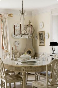 French Chic Dining Room