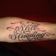 Love the color & fade if this lettering and script style!!!!!