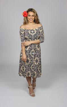 best puletasi in samoa Island Wear, Island Outfit, Samoan Dress, Samoan Designs, Tahiti, Tropical Fashion, Tapas, Formal Dresses For Women, Pattern Fashion