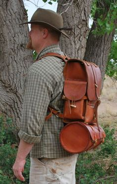 Some excellent leather working projects over at Paleo Tool's Weblog