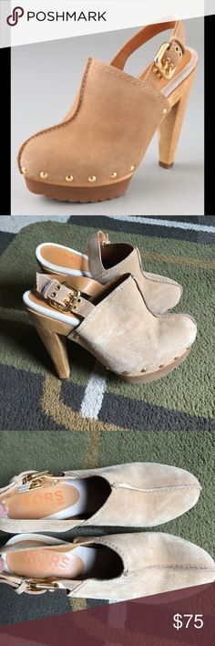 "Michael Kors clogs❤️ Michael Kors ""Claudia"" tan sling back wood heel clogs with gold hardware❤️ suede leather upper ❤️rubber sole❤️ made in Brazil❤️ front measures approx 1"" ❤️ heel measures approx 5"" KORS Michael Kors Shoes Mules & Clogs"