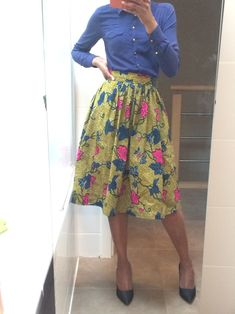 Tutou midi skirt with gathered ateliermakoko Diy Jupe, Diy Fashion, Fashion Dresses, Midi Dresses, Tutu, Sewing Online, Couture Sewing, Diy Couture, Casual Chic Style