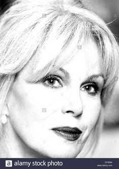 joanna lumley kuvat – Google-haku Joanna Lumley, Beautiful People, Daenerys Targaryen, Queens, Game Of Thrones Characters, Google, Fictional Characters, Fantasy Characters, Thea Queen