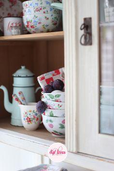 Syl loves, Cath Kidston, vintage, kitchen, plums, cherries #Sylloves #cathkidston