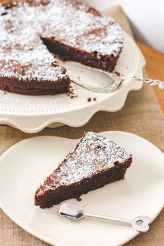 Toutes les raisons sont bonnes pour cuisiner un fondant au chocolat, non ? Perso, je ne peux pas y résister !