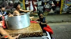"Carro Cama ""AO AMOR DO PÚBLICO"" indo pro Circo"