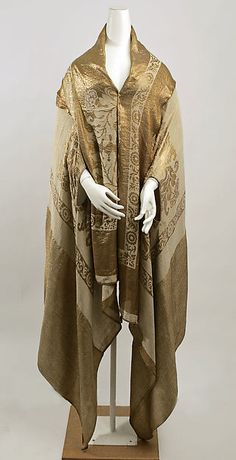 Wrap (image 1) | Made for Bergdorf Goodman | American | 1920s | silk, metal | Metropolitan Museum of Art | Accession Number: C.I.56.24