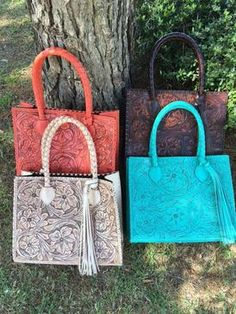 Que Chula Marcos Purse, Tooled Leather Whipstitch accent, Vintage Flair with Country appeal. Yayagurlz