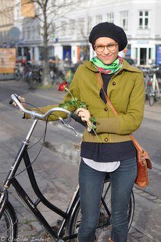 Rose & Cyclist -Copenhagen