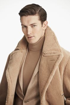 The best selection of contemporary and vintage clothing luxury brands and many more you can buy online now Ralph Lauren, Male Fashion Trends, Mens Fashion, Purple Label, Ivy League Style, Elegant Man, Dapper Men, Denim Jacket Men, Men's Coats And Jackets
