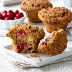 Muffins au son, aux canneberges et aux pommes |