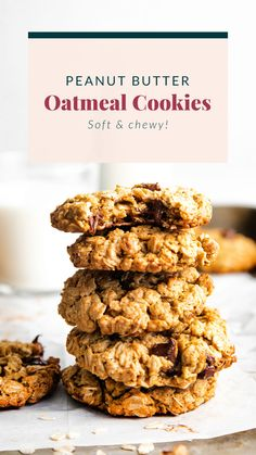 Perfectly chewy on the inside and crispy on the outside peanut butter chocolate chip cookies. These are seriously the best healthy peanut butter oatmeal cookies you've ever had! Peanut Butter Oatmeal, Healthy Peanut Butter, Oatmeal Chocolate Chip Cookies, Healthy Cookie Recipes, Healthy Cookies, Dessert Recipes, Keto Desserts, Healthy Treats, Dessert Ideas