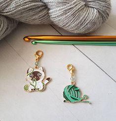 Little Sheep Progress Keeper  Stitch Marker Gold Plated Hard Enamel