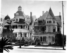 The Melrose Hotel and the Hotel Richelieu on Bunker HIll.