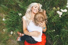 Perfect wardrobe - i love these CARA LOREN: Family Pics by Jessica Janae Photography Family Photo Sessions, Family Posing, Family Portraits, Family Photos, Mommy And Son, Mom Son, Daughter, Mother Son Photos, Twin Pictures