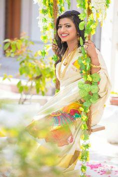 Kerala saree Saree Blouse, Sari, Kerala Saree, Fancy Sarees, Bollywood Fashion, Indian Wear, Indian Beauty, Beautiful Women, Actresses