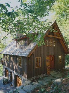 Lake guest house. Below grade garage. Love!