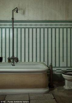 """L'Albergo Diurno Metropolitano"" in Milan. An underground daytime Hotel. Art Nouveau, Bicycle Garage, Messy Nessy Chic, Milan Hotel, Art Deco Bathroom, Roll Top Bath, 1920s Art Deco, Vintage Bathrooms, Retro Home Decor"