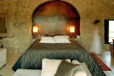 Castell d'Emporda, Catalonië. HOLASPAIN.nl: de leukste en mooiste adressen voor je vakantie op een rij! #Spanje #Spain #traveltips #wanderlust #HolaSpain