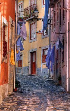 Mouraria, another popular neighborhood of Lisboa - Portugal