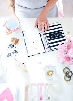 Allow a few career pros to explain just how to be productive after a long weekend. Office Decor, Home Office, Blogging, Thing 1, Long Weekend, Girly Things, Small Things, Random Things, How To Be Outgoing