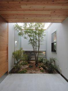 入間町A邸-中庭とデッキテラスを中心に配した二世帯住宅- - 注文住宅事例|SUVACO(スバコ)