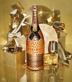 Una botella de este Moet imperial para fin de año? Solo hay 60 botellas de esta edición especial con botella vestida en oro.