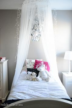 Room Fit for the Littlest Princess - fairytale lighting