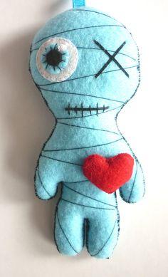Little Mummy (bleu ciel) - Doudou Momie Gothique : Jeux, jouets par frogs-and-princes