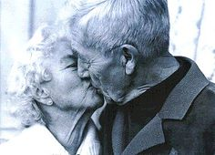 pictures of elderly couples | Waking up this morning, I still felt like the clothes heading for the ...
