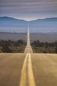 It's a long road - California State Route 167, USA  (by bun lee)