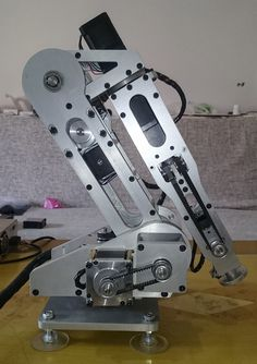 6 axis robot six robot … Mechanical Projects, Mechanical Design, Mechanical Engineering, Cnc Router Plans, Diy Cnc Router, Robotics Projects, Cnc Projects, Diy Electronics, Electronics Projects