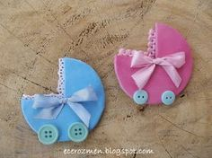 So easy, would make the ribbons a and buttons out of clay too though. Easy Diy Crafts, Baby Crafts, Felt Crafts, Distintivos Baby Shower, Baby Shower Princess, Baby Shawer, Felt Baby, Dibujos Baby Shower, Baby Shower Souvenirs