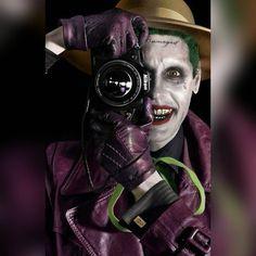 Leto Joker, The Killing Joke. (Batman) - looking forward to Leto's Joker Jared Leto Joker, Joker Y Harley Quinn, Joker Dc, Mundo Superman, Der Joker, Joker Poster, Joker Wallpapers, Im Batman, Marvel Dc Comics