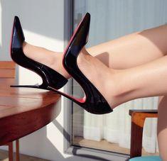 Women's Fashion heels – Everything About Women's Heels Black Stiletto Heels, Sexy Heels, Pumps Heels, Classy Heels, Platform High Heels, Black High Heels, High Heel Boots, Jimmy, Killer Heels
